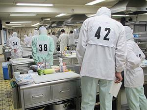 関東ブロックでは98人が受検した(武蔵野調理師専門学校)