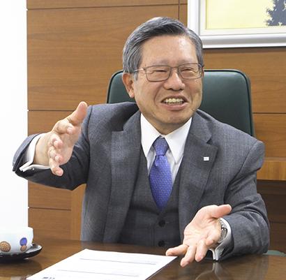 ハナマルキ・花岡俊夫社長に聞く 4期連続の好業績 「現場力」がヒット支える