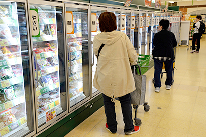 ◆北海道冷凍食品特集:道内冷食18年生産低迷 前年比3.3%減の22万060…