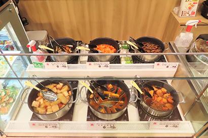 購入してすぐに食べられるよう保温で提供する6品