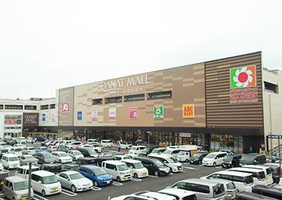 イズミヤ、カナートモール和泉府中を開店 SMはファミリー対応強化
