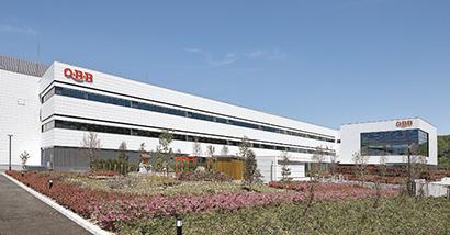 ◆六甲バター特集:神戸工場稼働 4万t生産、東洋一のPC工場へ