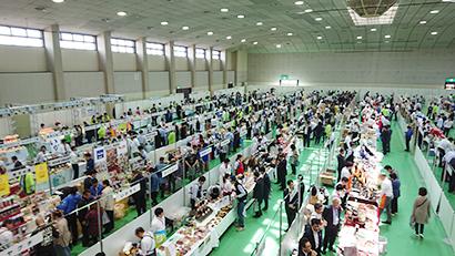 丸大冷蔵と小田川、合同展示商談会を開催 フルラインの品揃え