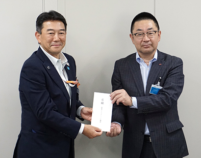 関東アイスクリーム協会、アイス8310個を都福祉施設に寄贈