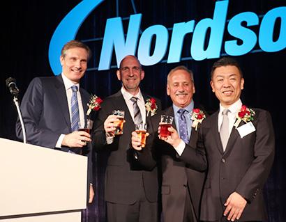 ノードソン、創立50周年記念式典 成長持続へ尽力