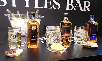 アサヒビール、「ブラックニッカ」期間限定バー ウイスキーを気軽に楽しむ