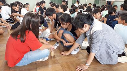 JAつがる弘前ら、小学校へ出前授業 コメをテーマに5年生へ
