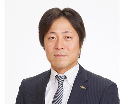 コーミ、新社長に川澄亮太専務
