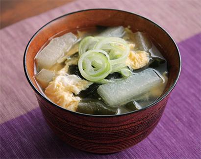 イオン近畿:夏の朝は、うちの県のみそ汁で 簡単・手軽で地野菜たっぷり=和歌山