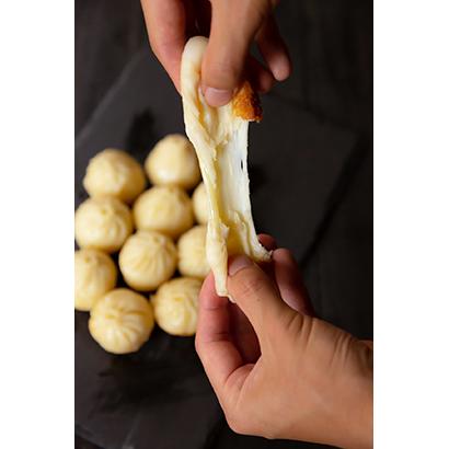 のびるチーズ焼小籠包