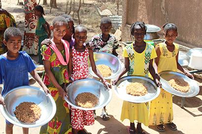 国連WFP協会、世界食料デーキャンペーン実施 SNSや食べて寄付