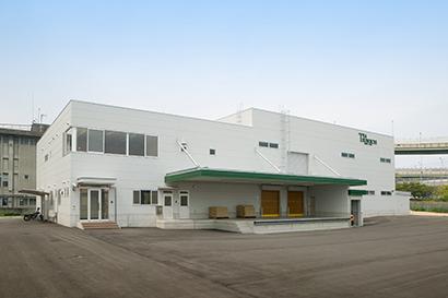 06年に完成した安心と安全を生み出す、業界トップクラスの最新設備の第2工場