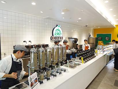 スリーエフ、店内調理強化店を刷新 近隣店供給も構想