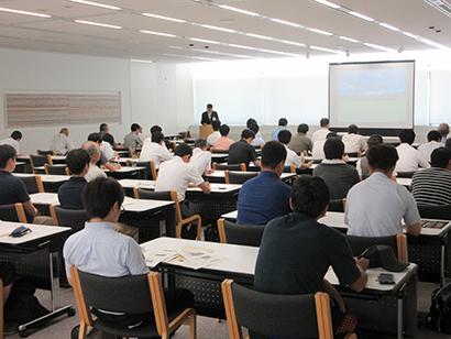 コメビジネス最前線特集:新潟県、生産者対象に業務用米セミナー開催