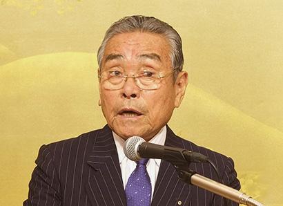 窪田洋司会長