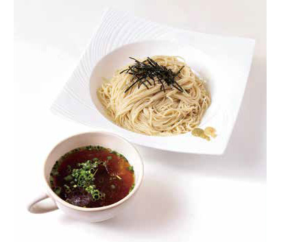 繁盛店のまかない:「麺屋Hulu-lu」 ラーメンの麺でざるそば風に