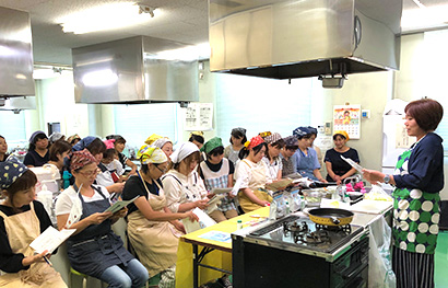 本紙主催ふれあいクッキング、千葉県船橋市立飯山満中学校PTAで開催