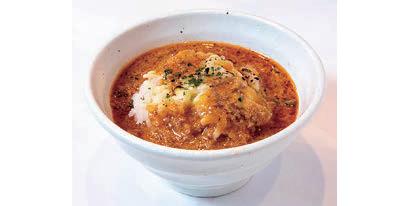 締めには炙りチーズをのせたご飯にスープをかける「追いリゾット」を