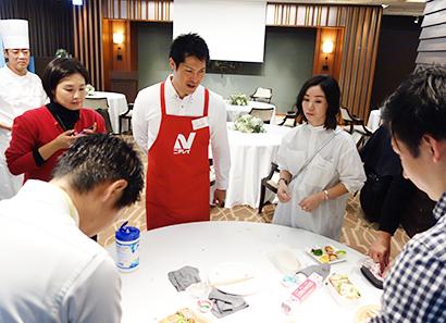 ニチレイフーズとテイクアンドギヴ・ニーズ、「愛情弁当料理教室」開催