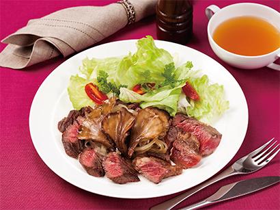 クリスマスお肉料理のパートナー 「まいたけ」がお肉をやわらかくする!