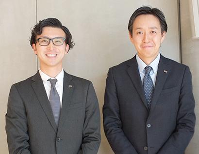 白幡樹弘製造部次長(右)と菅原龍太郎プロモーショングループマネジャー