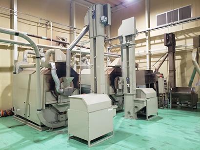 緑茶特集:カメタニ ドラム式焙煎機を新設 ほうじ茶生産は業界屈指