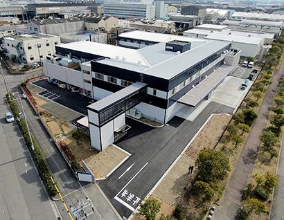 25億円を投じて貝塚市へ移転した新本社兼工場