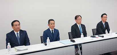 左から、竹永雅彦社長、大櫛顕也社長、金子義史社長、梅澤一彦社長
