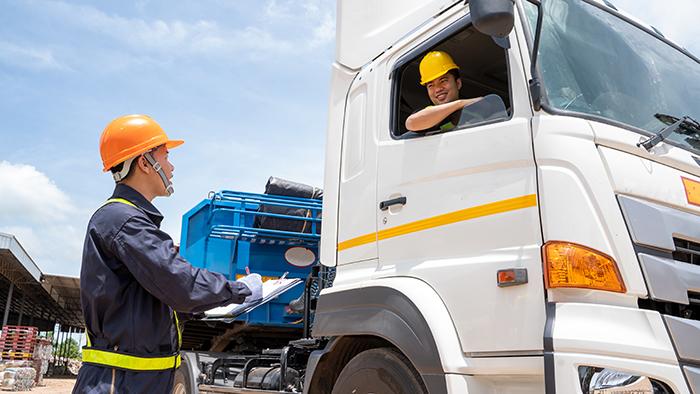 食品の幹線輸送効率化へ業種超え連携 アサヒGHD・江崎グリコなど6社