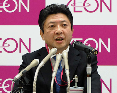 吉田昭夫副社長