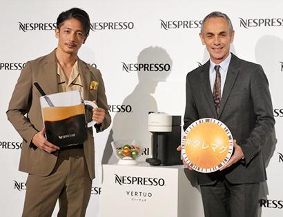 ネスレネスプレッソ、コーヒーとクレマ一緒に楽しむ新作法「ヴァーチュオ」上陸