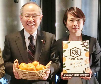 「クラフトビールはCSVのど真ん中」と語る磯崎功典キリンHD社長(左)と島村宏子SVB社長