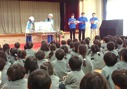 アサヒ飲料、恒例の読み聞かせ会を岡崎で開催
