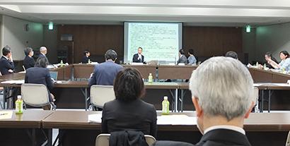 新型コロナ:食創造都市大阪推進機構、「行動変容」で外食を 4月にも指針発表へ