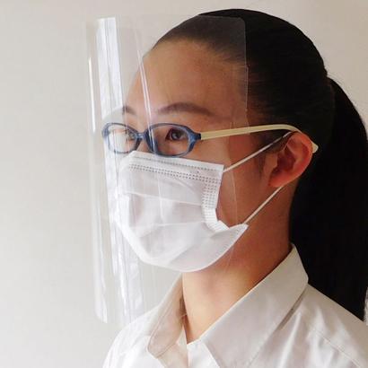新型コロナ:藤澤萬華堂、技術生かしフェイスシールド製作 京都府に寄付