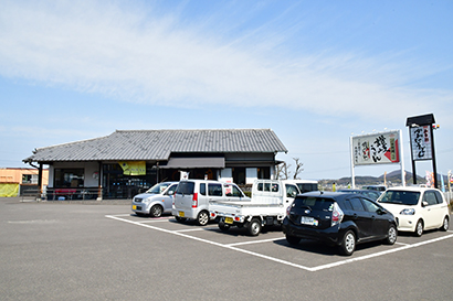 全国麺類特集:讃岐地区機械麺=川田製麺 半生商品の販売にも注力