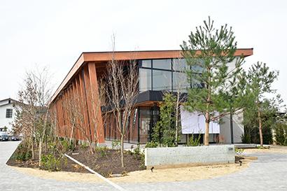 全国麺類特集:奈良・三輪地区手延べ麺=マル勝高田商店 新本社兼店舗竣工