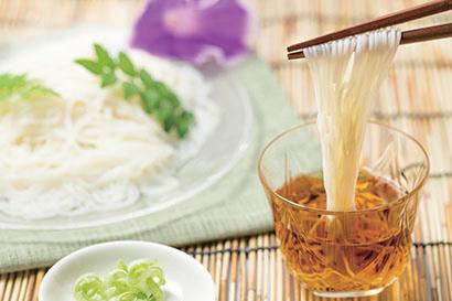 全国麺類特集:九州地区乾麺動向=企業間格差生まれる 老朽化設備対応も