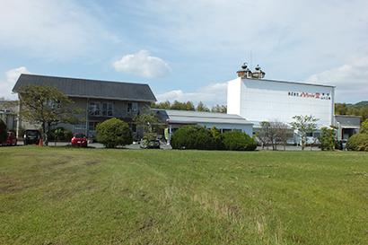 九州食品産業特集:八ちゃん堂 生産ラインを増設
