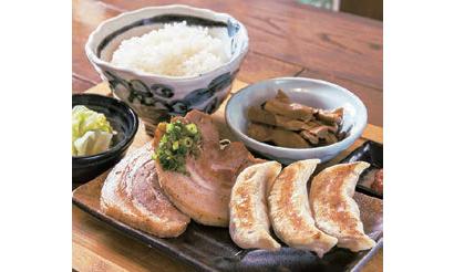 外食業界TOPICS:ウィズコロナで酒場から食事処へ 「肉汁餃子のダンダダン…