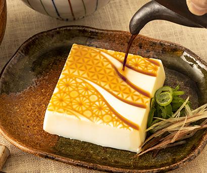 """おいしい減塩食品特集:東洋製罐グループ """"ミセル""""豆腐容器を開発"""