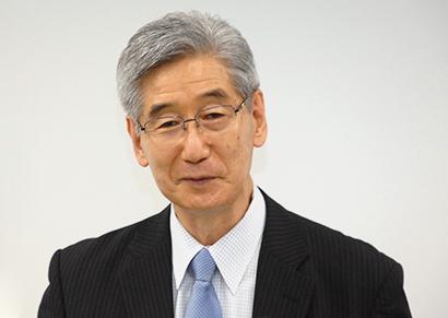 堀田国元氏