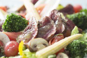 安全でヘルシー、美味なカンガルー肉に注目 新たなジビエマーケットの拡大も期待