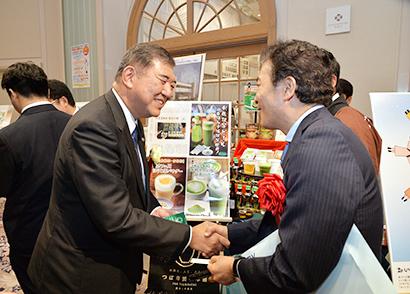 ◆地域食品産業貢献賞特集:創生・活性化の功績 3部門8社に