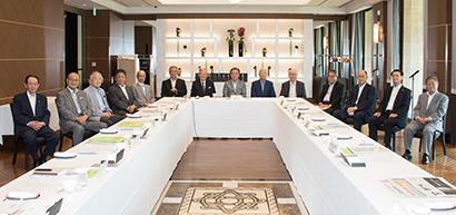 8月6日に東京・紀尾井町のホテルニューオータニ東京で開かれた第53回食品産業功労賞選考委員会