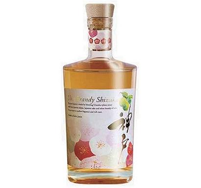 白鶴酒造と神戸ワイナリー、「梅ブランデー雫」を共同開発