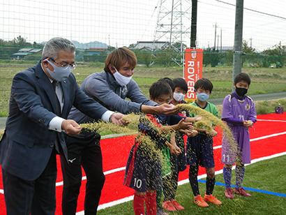 伊藤園、木更津市の健康推進を支援 元サッカー日本代表と地域活性化目指す