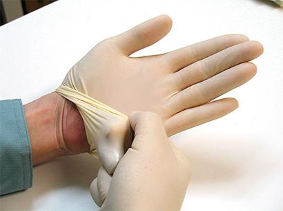 特集・ノロウイルス対策2020:解説=二次汚染を防ぐ安全と衛生に配慮した手袋…