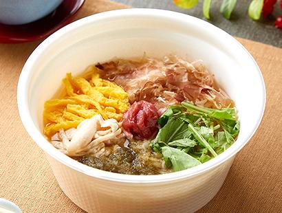 ファミリーマート、揖保乃糸使用「梅と蒸し鶏のあったかそうめん」発売