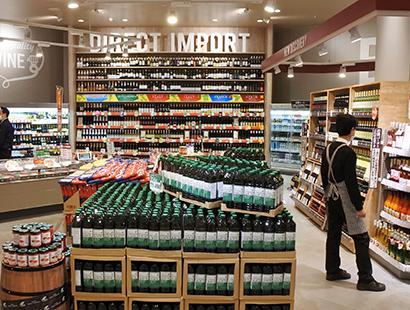 チーズ特集:ワインとのマリアージュ提案を 家飲み彩る売場に注目